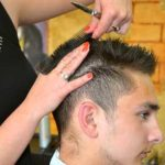 Scheren für linkshändige Friseure und Friseurinnen